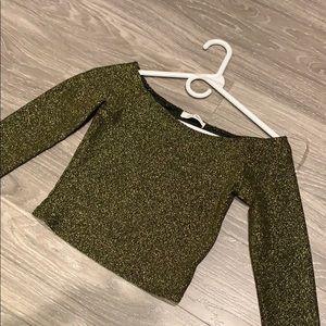 Long sleeve green/ gold crop top